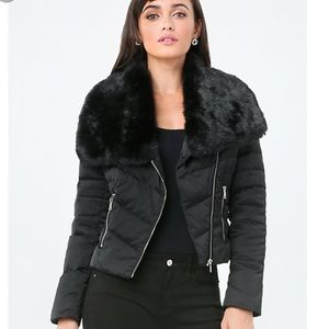 NEW! Bebe Puffer with oversized faux fur collar!
